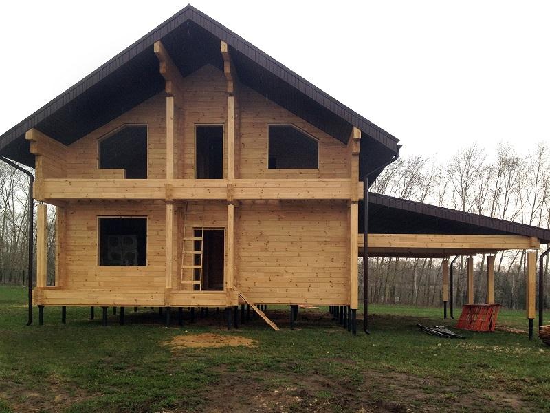 Дом на фундаменте на винтовых сваях