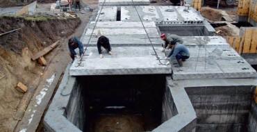Установка плит перекрытия на фундамент